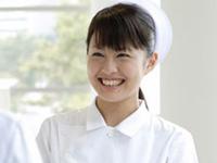 笑顔の看護師さん